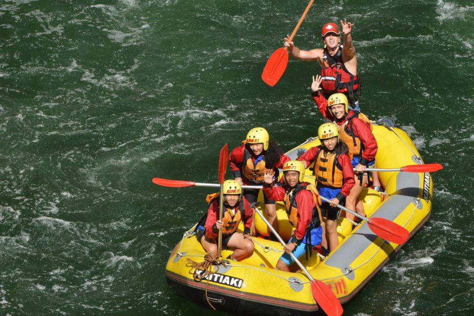 Rugby Tours New Zealand rafting